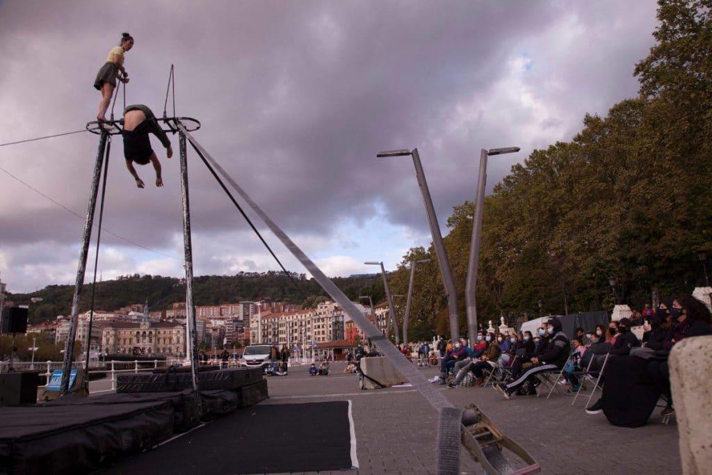 Bilboko Kalealdia llenará de teatro y arte las calles de la Villa