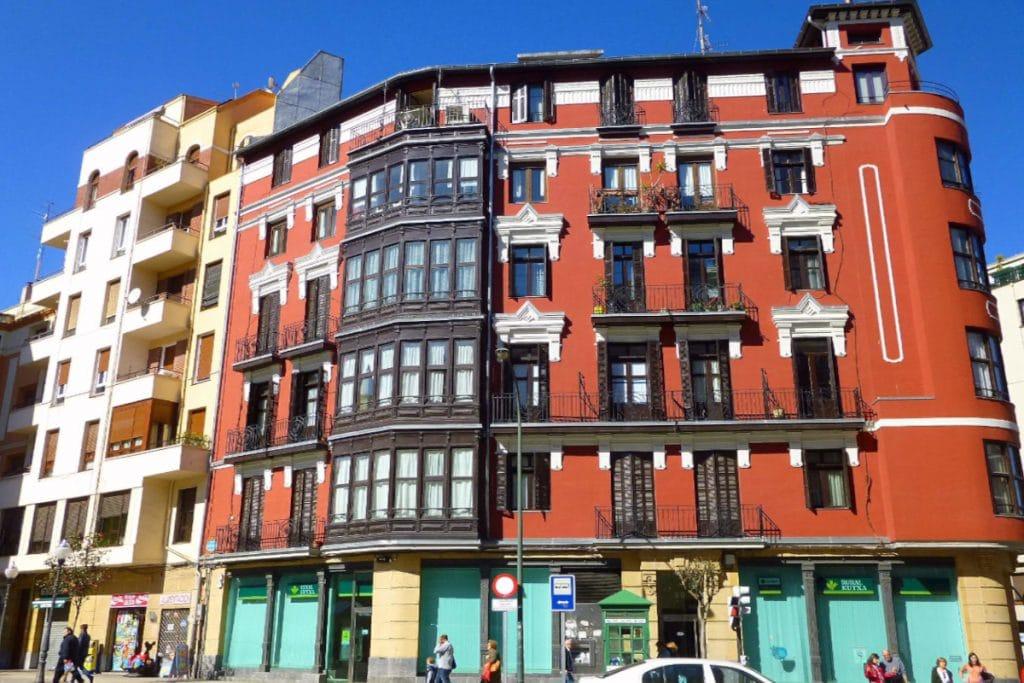 El anuncio de un ático en Bilbao con techos de 1,70 metros que se ha hecho viral en redes