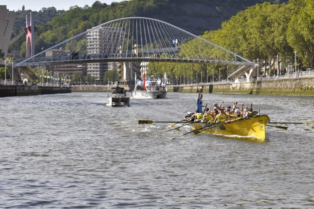 Este sábado se disputa la Bandera de Bilbao, una regata contrarreloj en la ría