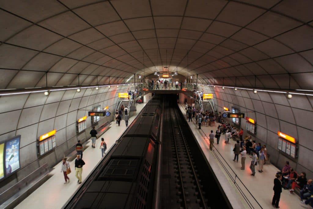 La OTA y Metro Bilbao dejan atrás el horario de verano