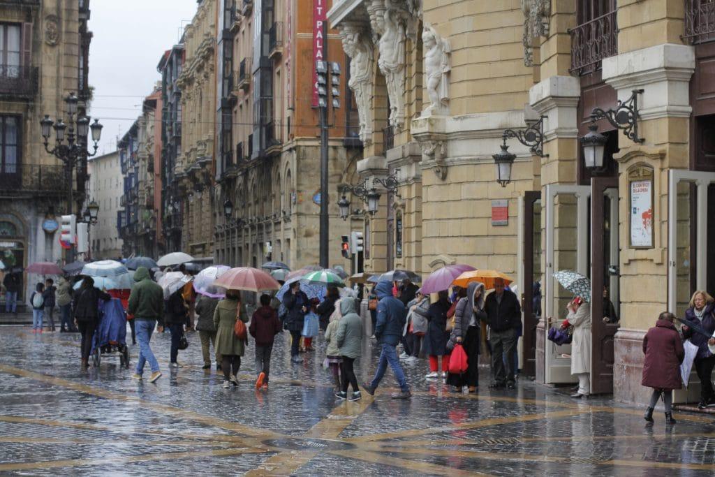 Septiembre llega a Euskadi con una alerta amarilla por fuertes precipitaciones