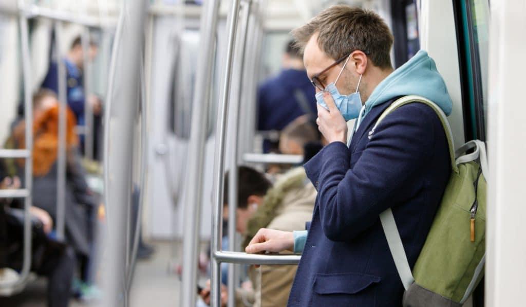 Port du masque : dans quels lieux publics clos est-il obligatoire ?