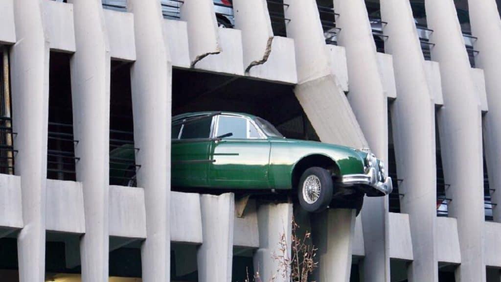 Le nouveau maire de Bordeaux Pierre Hurmic veut aller vers une «interdiction de la voiture» !