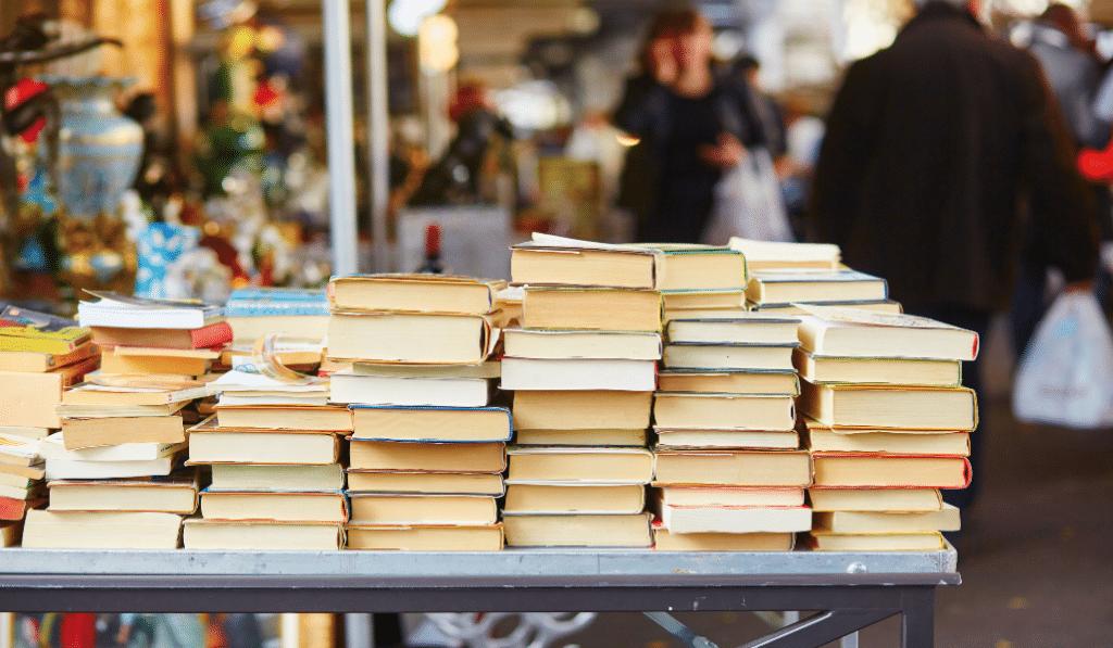 Bon plan : une vente solidaire de livres au Cinéma Utopia !