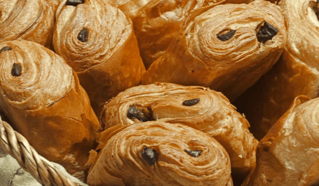 37 % des habitants de Bordeaux et sa région préfèrent utiliser «pain au chocolat» plutôt que «chocolatine» !