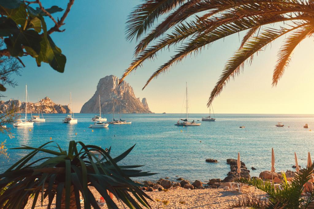 Vacances : Ryanair ouvre une nouvelle ligne Bordeaux-Ibiza !
