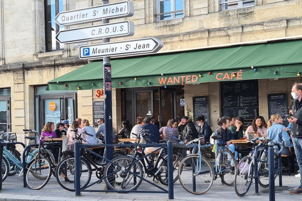 La réouverture des terrasses, commerces et lieux culturels bordelais en images !