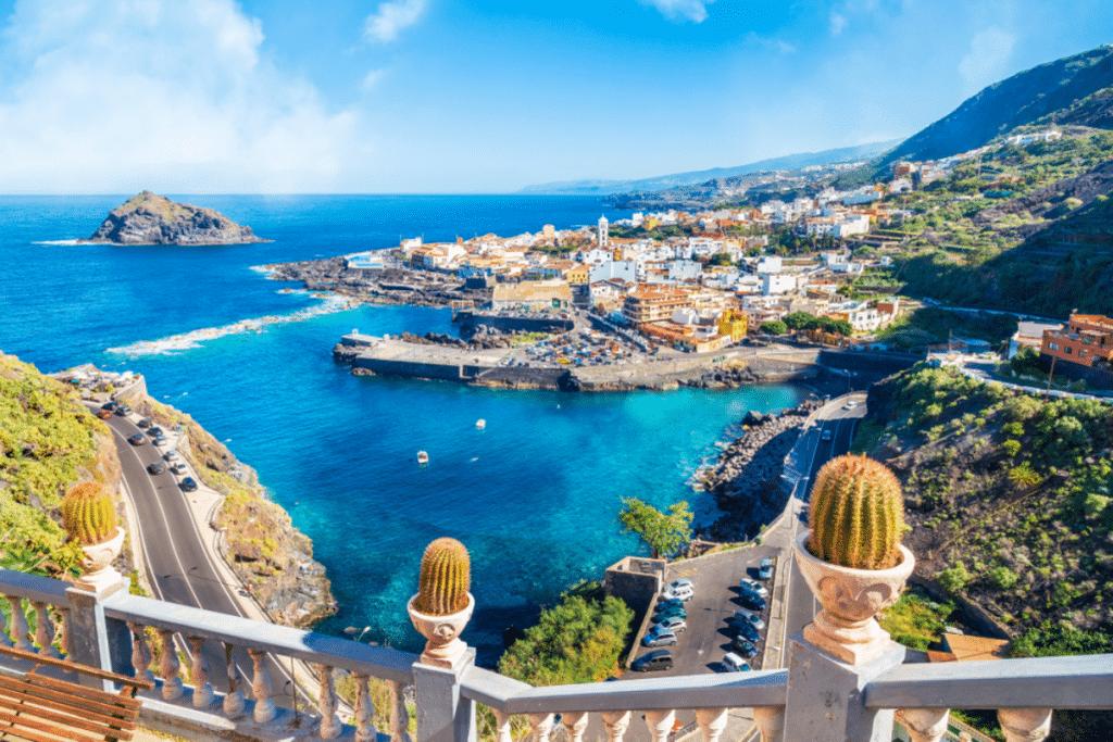 Vacances : 11 destinations espagnoles au départ de Bordeaux cet été !