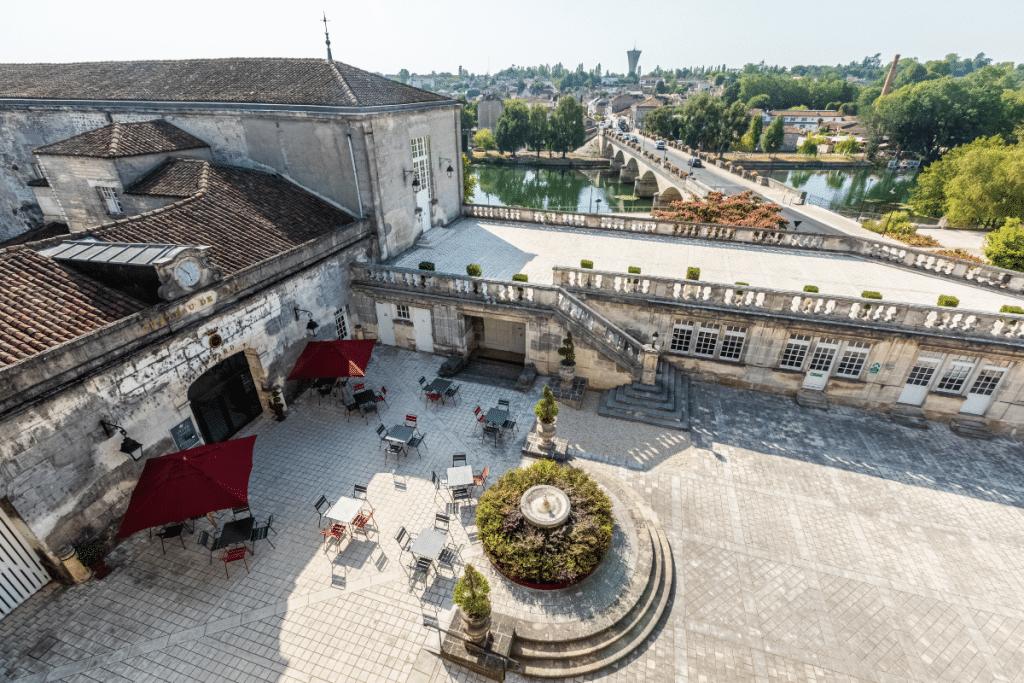 Participez à une visite guidée du Château Royal de Cognac avec dégustation !
