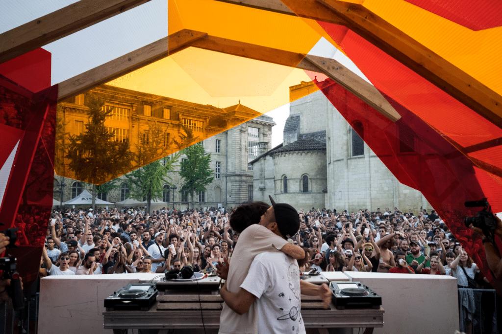 Bordeaux Open Air : cet été, le festival de musique investit le Cloître des Cordeliers !