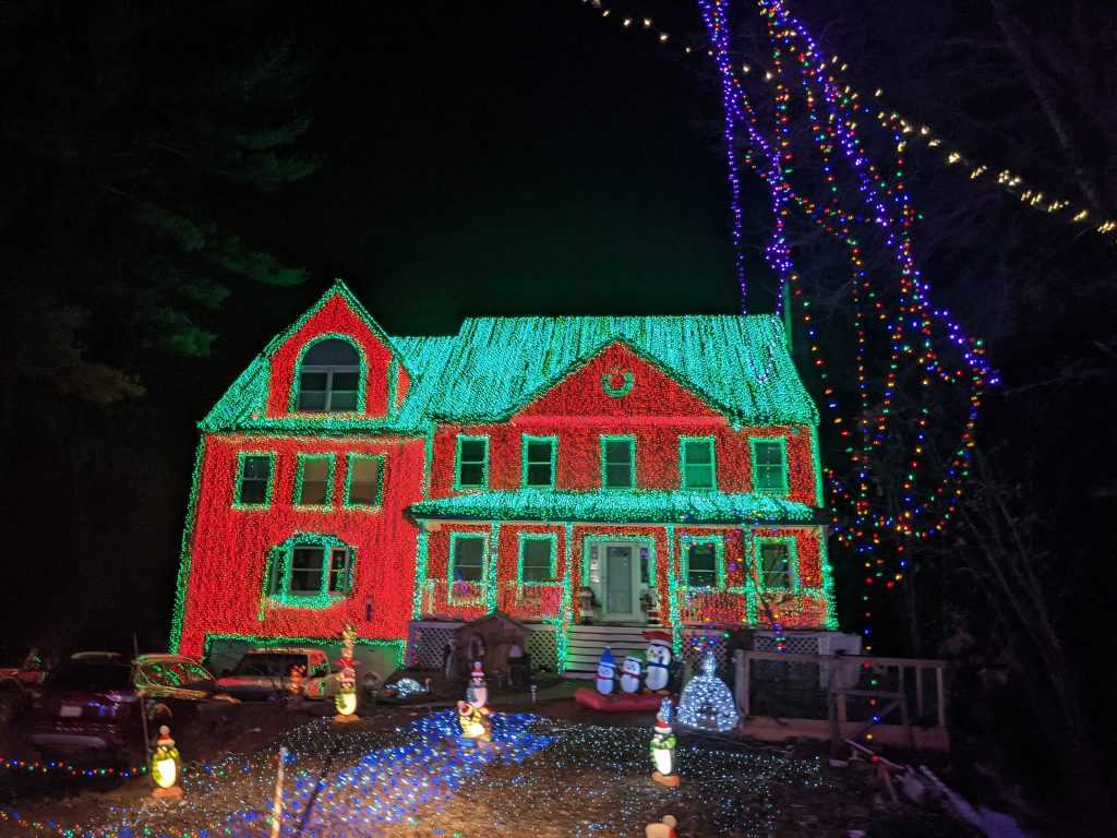 This Massachusetts Neighbor Has Gone All Out For The Holidays With A Showstopping Display