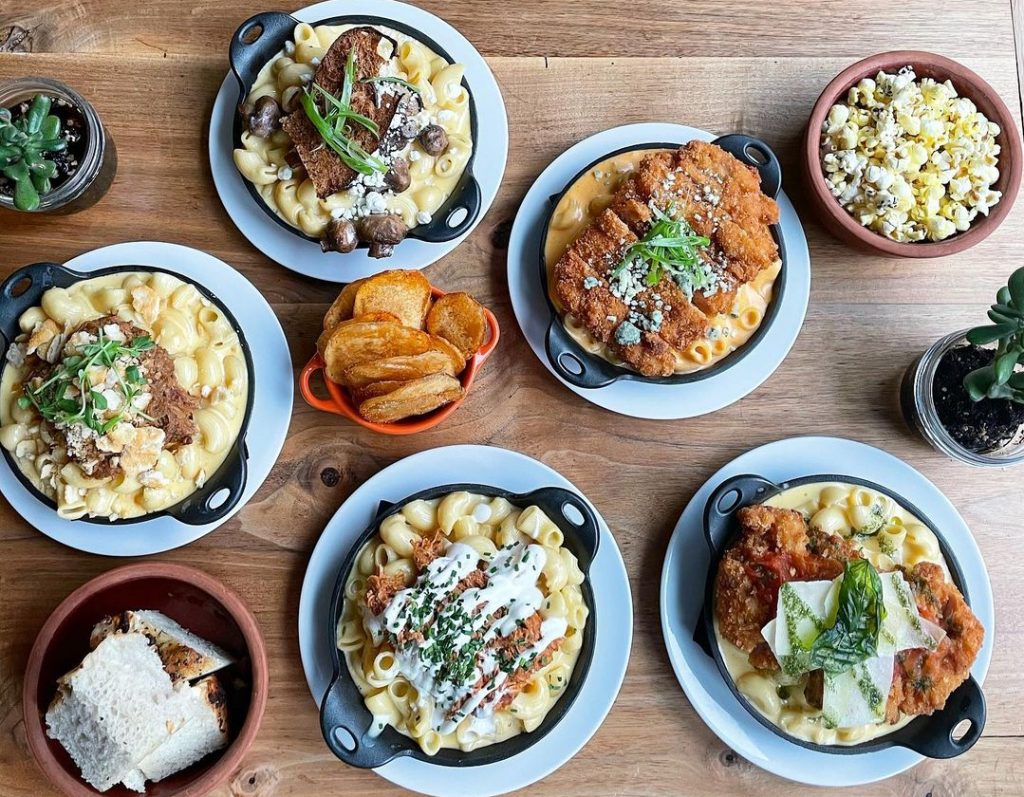 This Delightful Downtown Outpost Is Entirely Dedicated To Mac N' Cheese