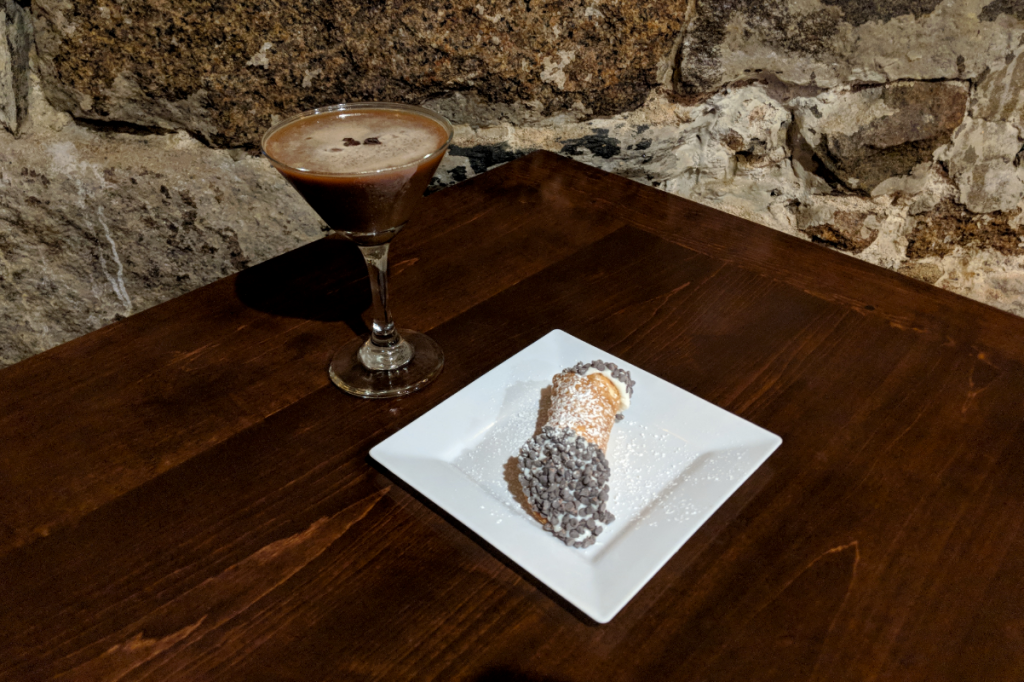 Indulge In Cocktails And Cannoli On This North End Walking Tour