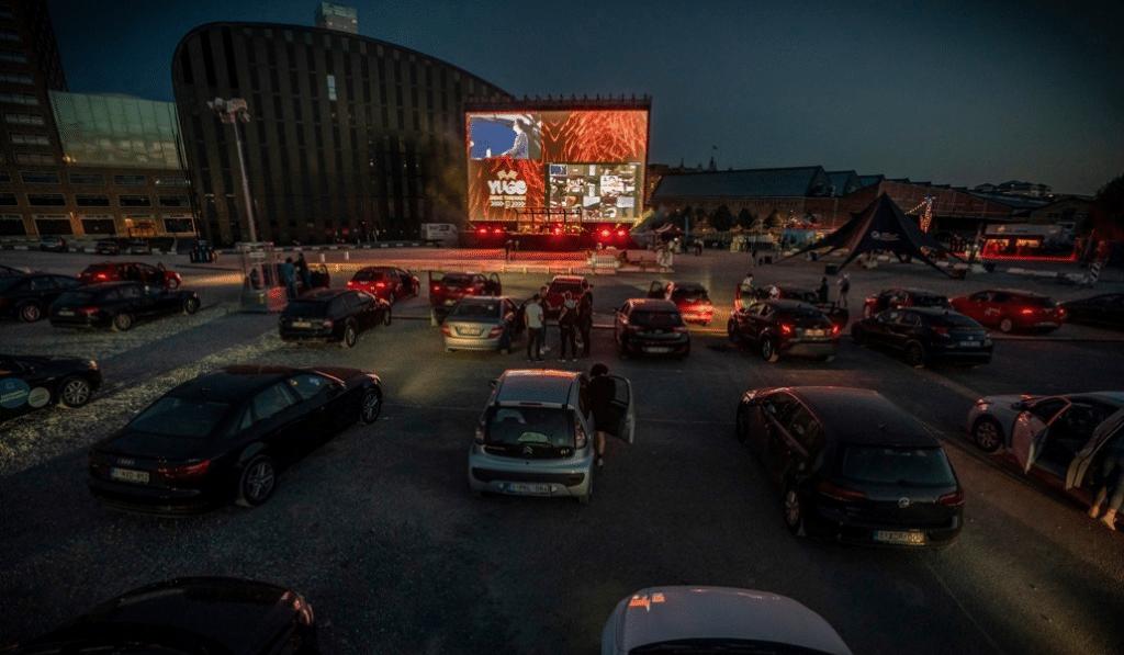Le plus grand cinéma drive-in d'Europe est à Bruxelles !