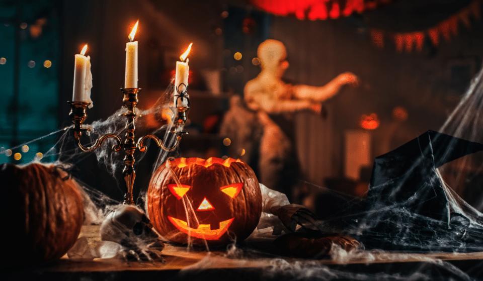Fêtez Halloween en musique dans l'un des plus beaux théâtres bruxellois avec Candlelight !