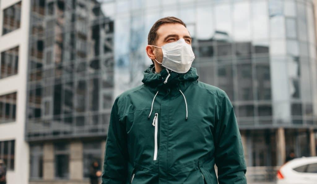 Coronavirus : le couvre-feu avancé à 22h en Belgique !