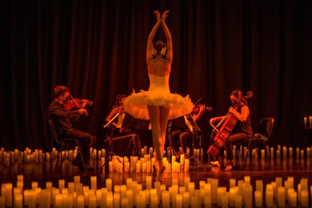 Candlelight Ballet fait danser Bruxelles et revisite les célèbres ballets de Tchaïkovsky !