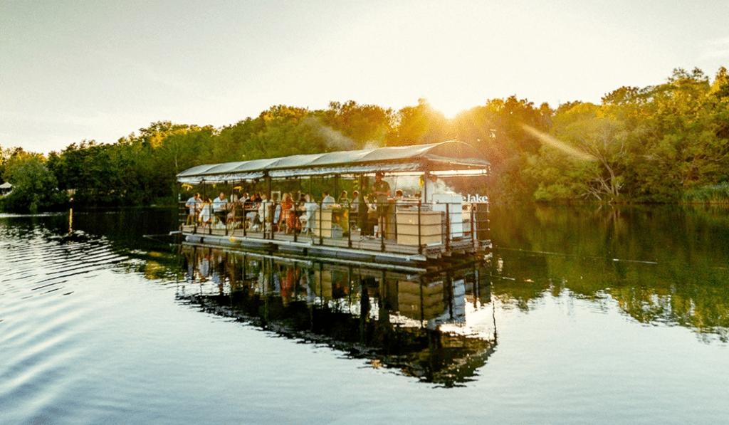 Dinner on the Lake : une fabuleuse expérience de dîner sur l'eau en Belgique