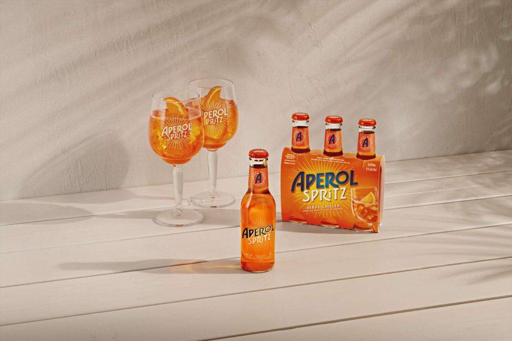 La marque officielle Aperol lance son Spritz prêt-à-boire en bouteille individuelle pour l'été !