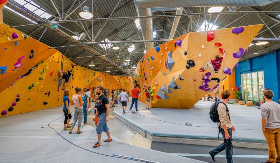 Un blocpark d'escalade géant avec ROOFTOP va ouvrir GRATUITEMENT pendant deux jours à Bruxelles !
