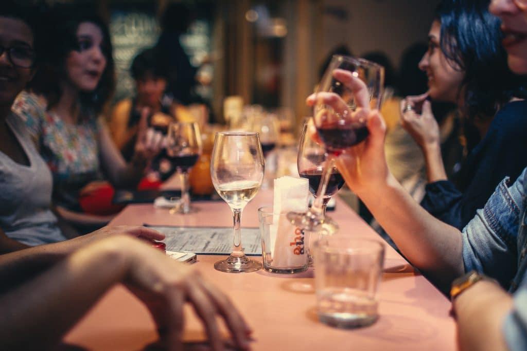 Cette application vous offre un verre par jour GRATUIT dans un bar bruxellois !