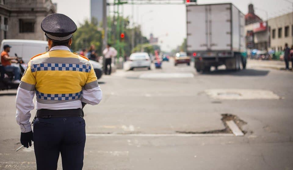 Legisladores proponen sancionar a quien aparte lugares en la calle