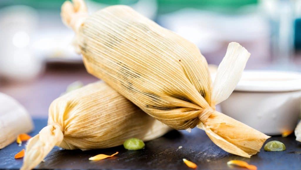 Checa esta clase única para preparar tamales del Claustro de Sor Juana