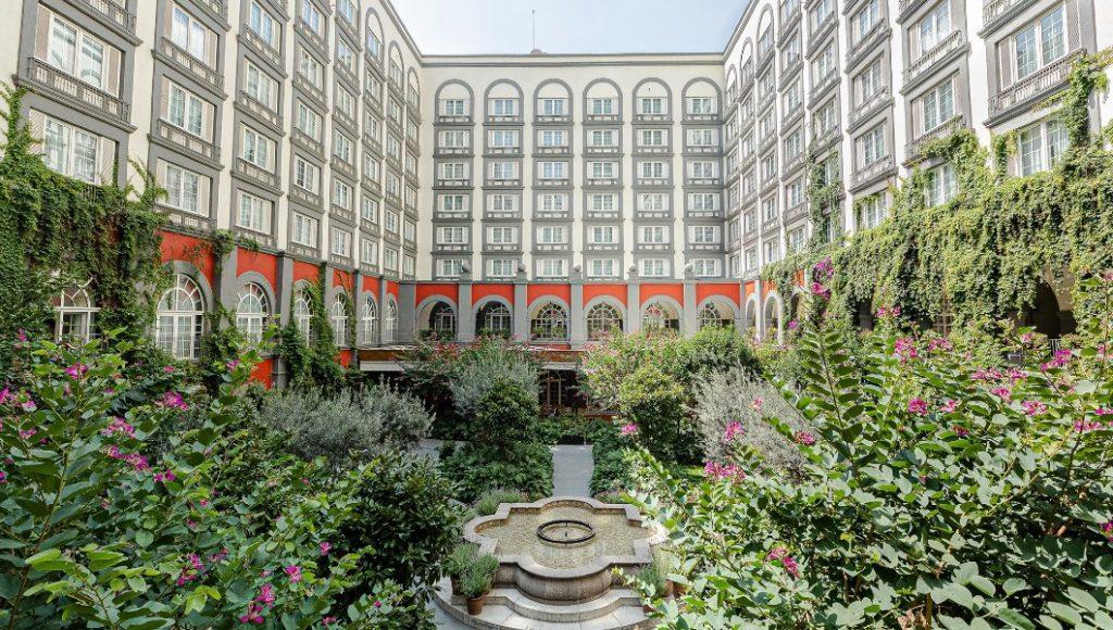 Cinco hoteles de lo más románticos para escaparte en tu propia ciudad