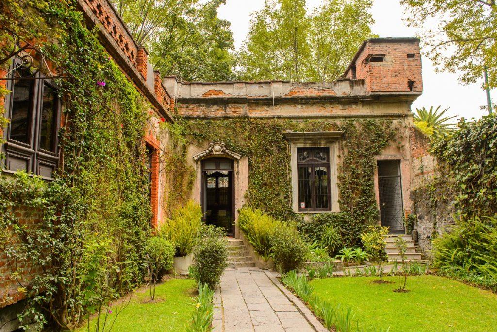 Seis casas de famosos que puedes visitar en la CDMX