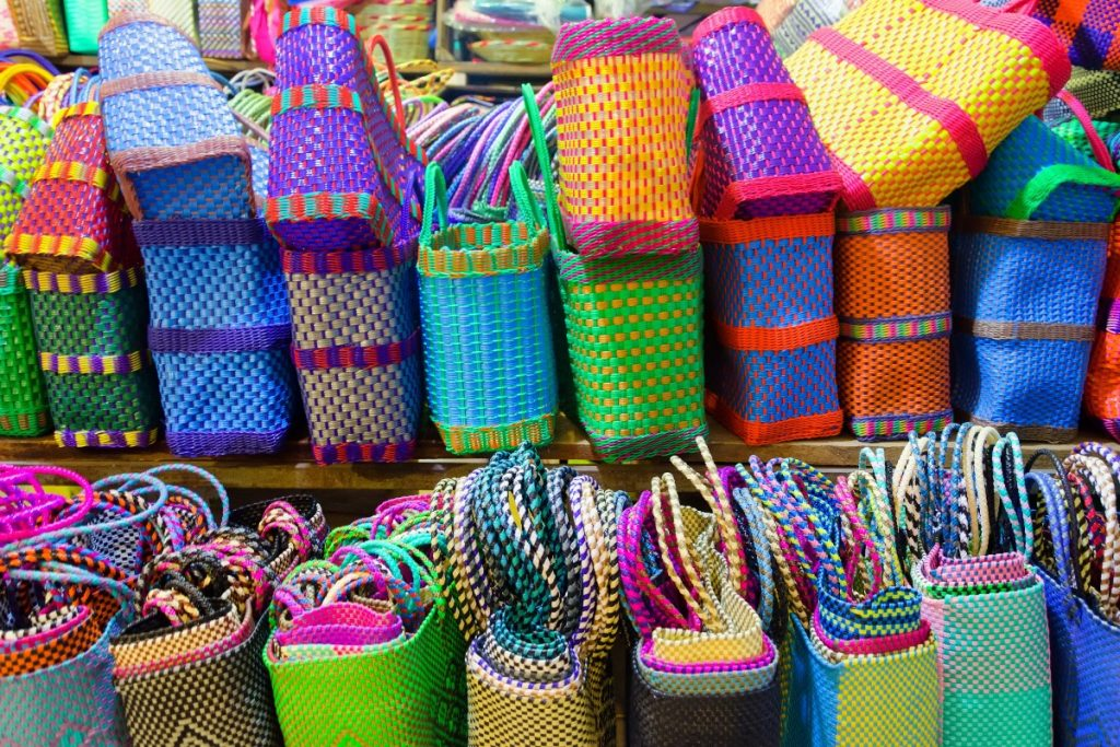 Lo que no sabías que puedes encontrar en el Mercado de Portales