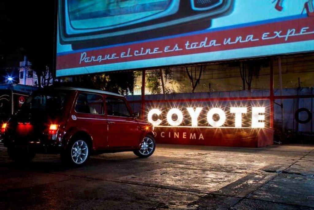 Lánzate a las noches de horror con zombies en el Autocinema Coyote
