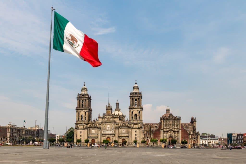 El Zócalo se une a los festejos de los 500 años de México-Tenochtitlán