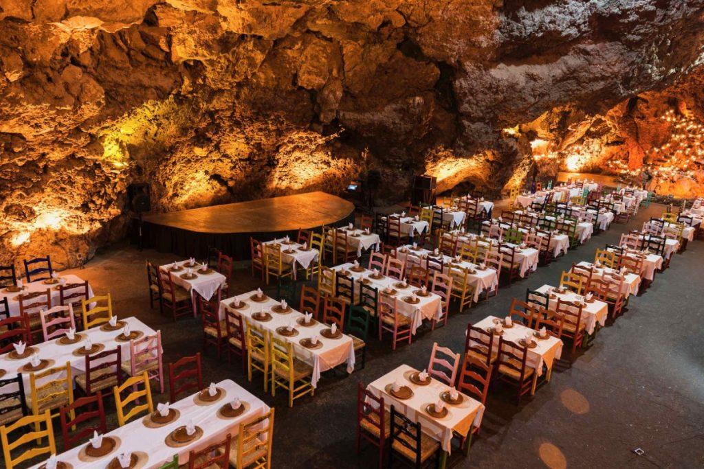 Descubre el restaurante que está dentro de una gruta en Teotihuacan