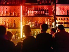 A partir de hoy abren de nuevo bares, cantinas y antros