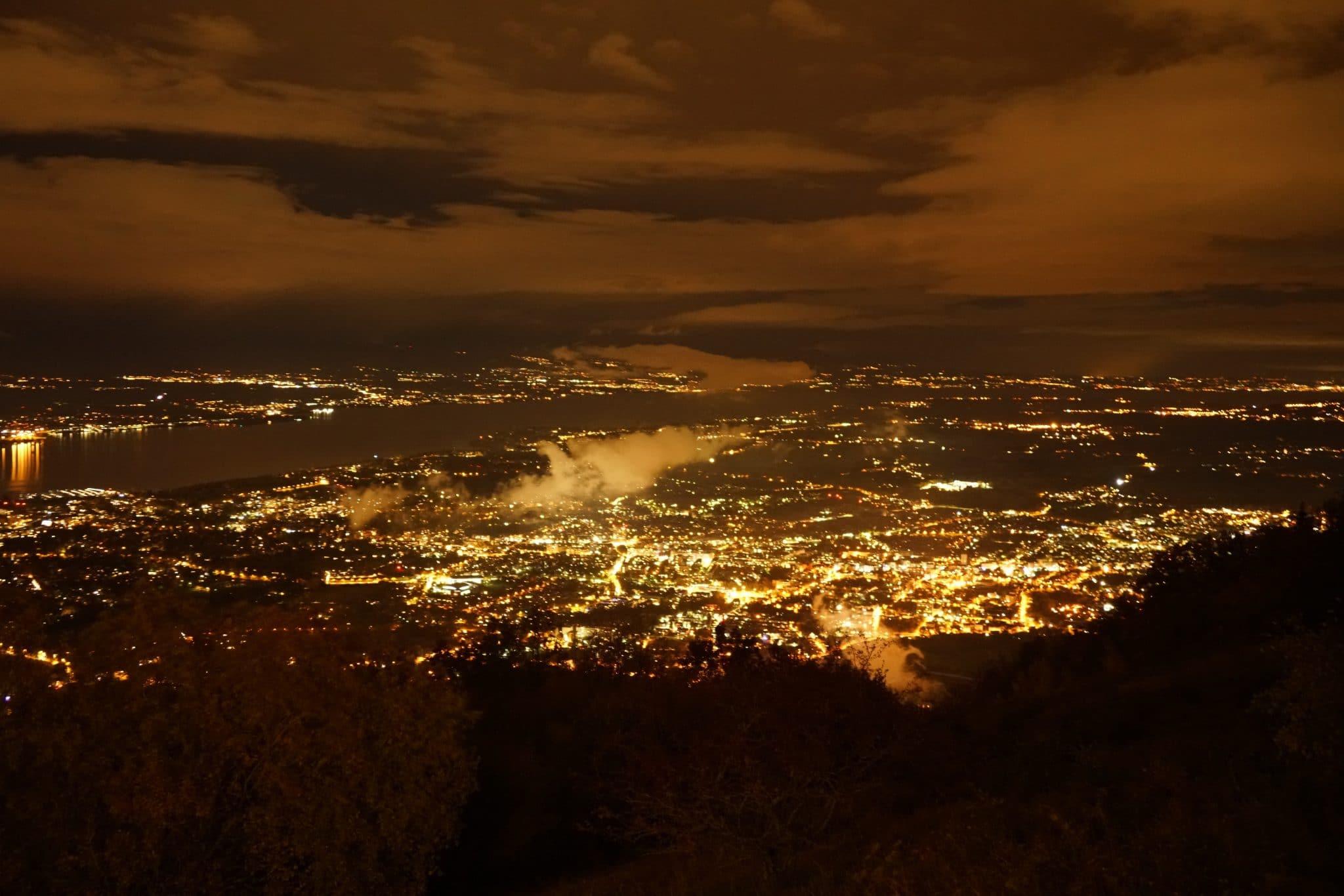 genève panoramique de salève vue nuit