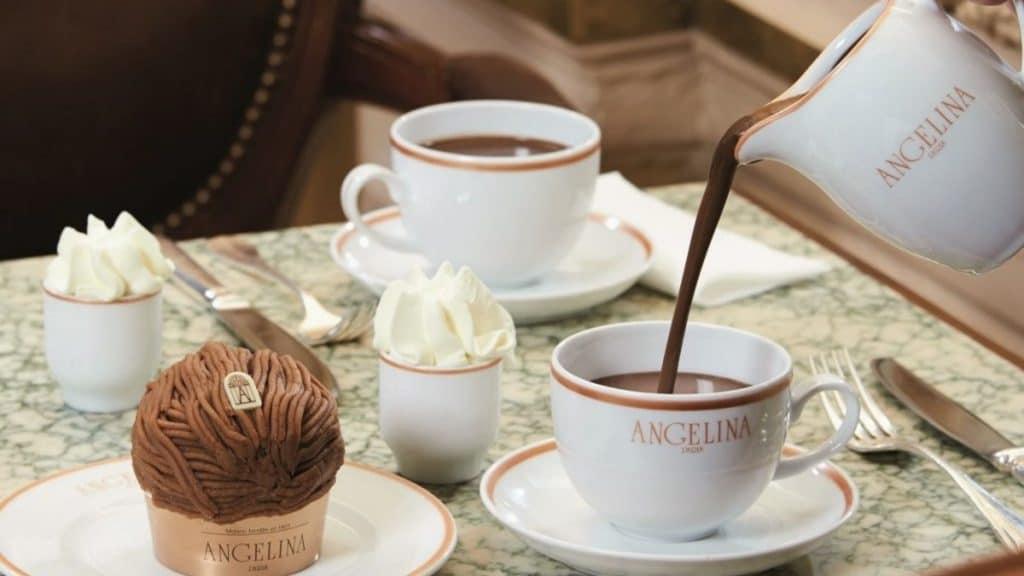 recette chocolat chaud geneve hiver angelina's paris