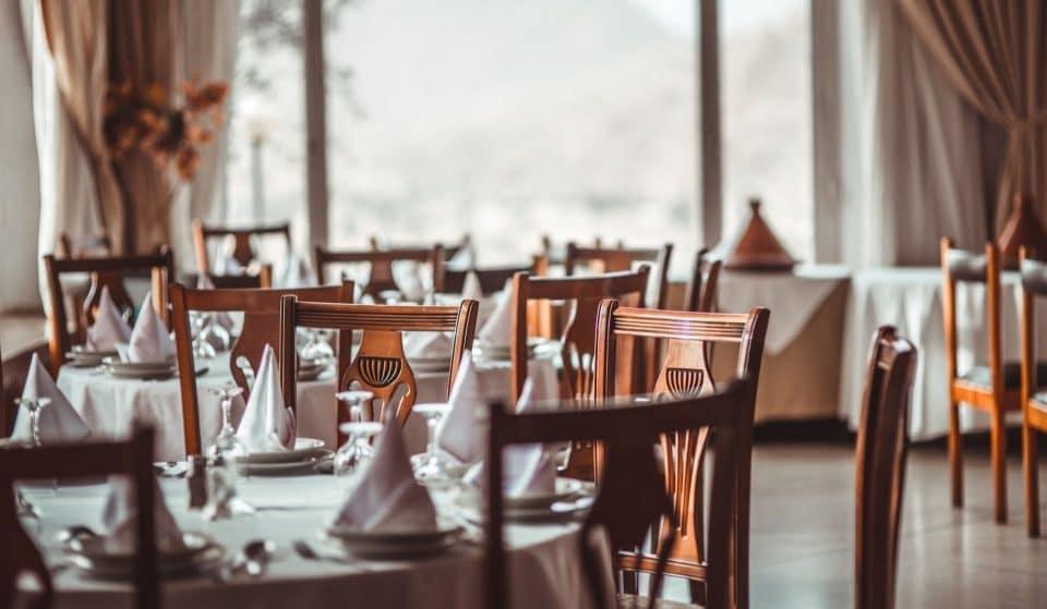 Les restaurants, bars et loisirs ferment à Genève avec un couvre-feu à 19 heures jusqu'au 22 janvier 2021 !