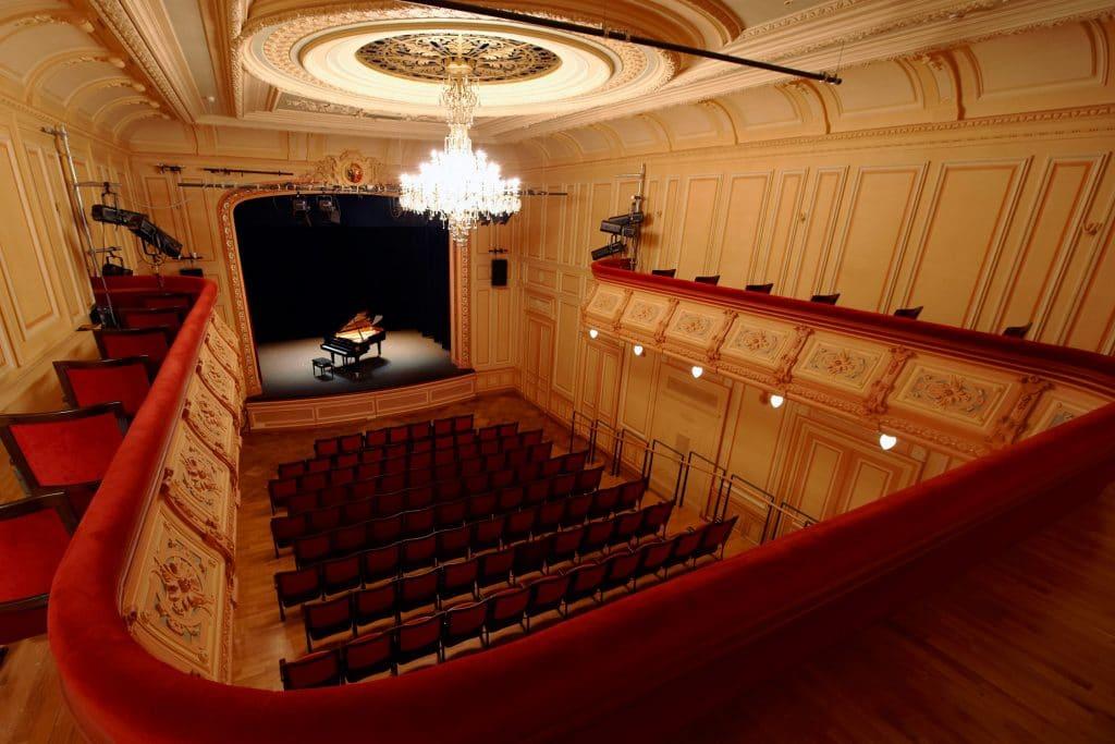 fondation théâtre les salons candlelight concerts à la bougie genève musique classique