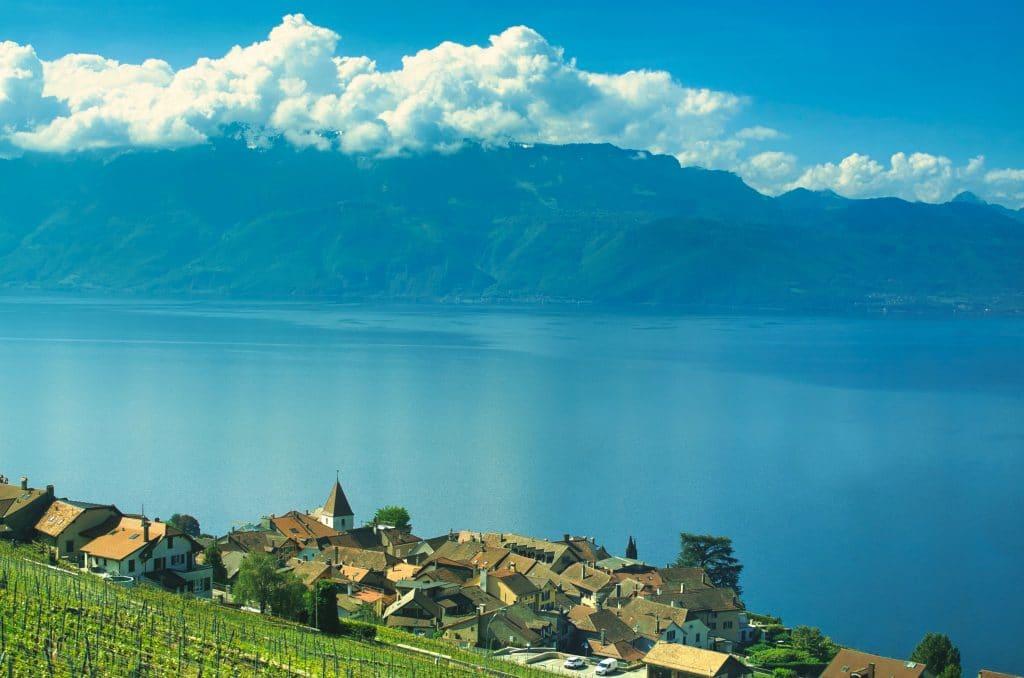 Genève - Lac Leman - Balade - Visite - promenade - découverte - château - baignade - tourisme - découverte - vin