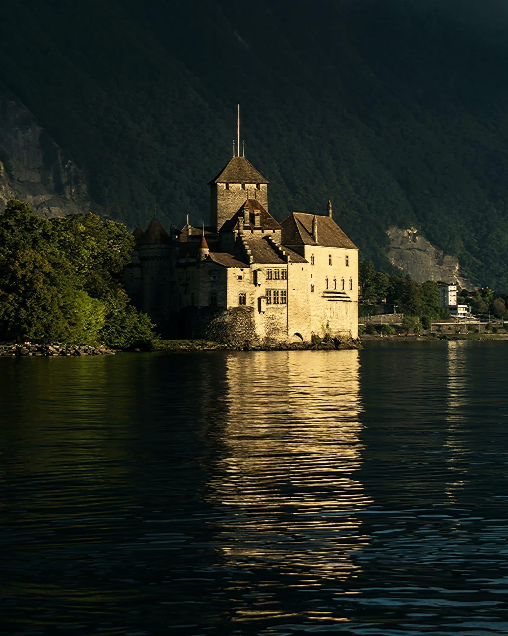 Chillon - Lac Leman - Balade - Visite - promenade - découverte - château - baignade - tourisme - découverte - vin