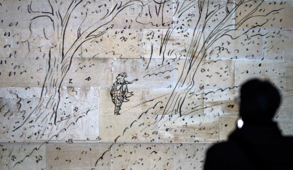 Une exposition en plein air sur les dessins de Sempé projetée sur les façades de Genève tous les soirs !