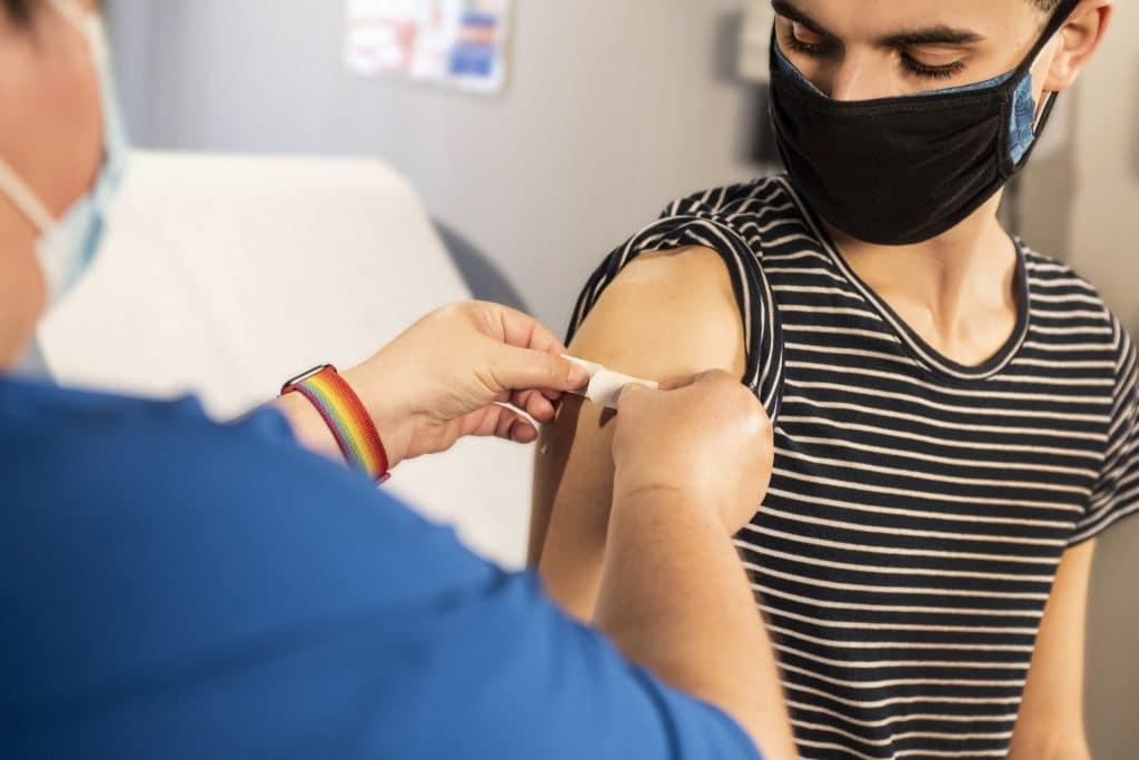 vaccination covid genève suisse jeunes ouverture rendez vous