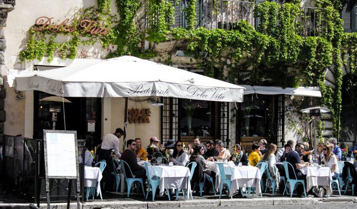 Les 5 meilleurs restaurants avec terrasse où prendre le soleil à Genève !