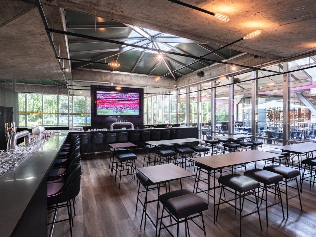 prime's fine food & sports bar genève football match suisse