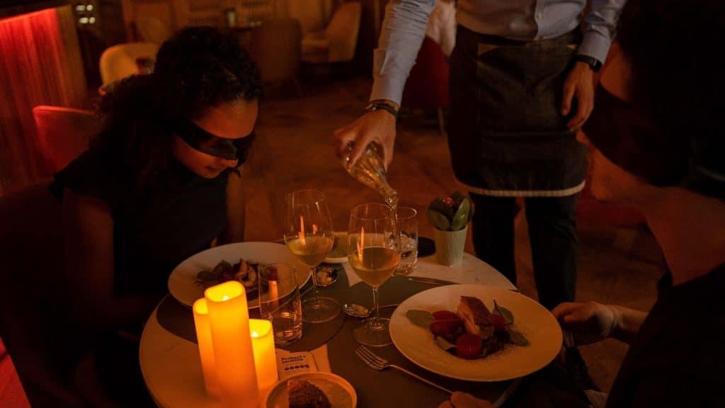 diner in the dark diner dans le noir genève dégustation à l'aveugle