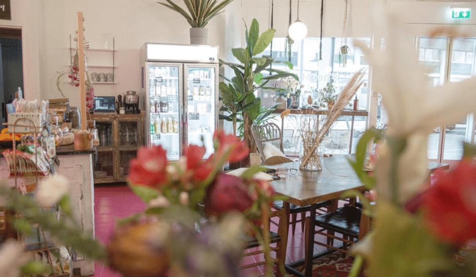 Vide-dressing et brunch ce week-end au Her Café !