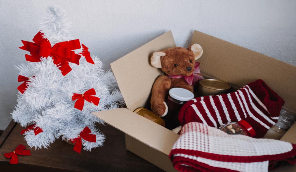 Offrez des boîtes cadeaux solidaires aux plus démunis !