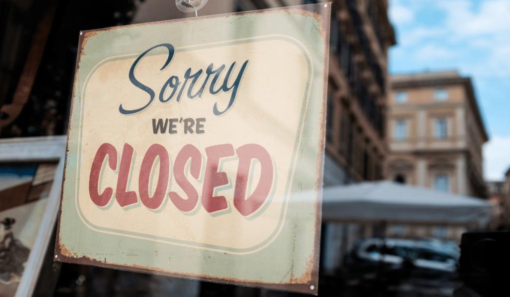 Les restaurants devraient rester fermés jusqu'à avril !