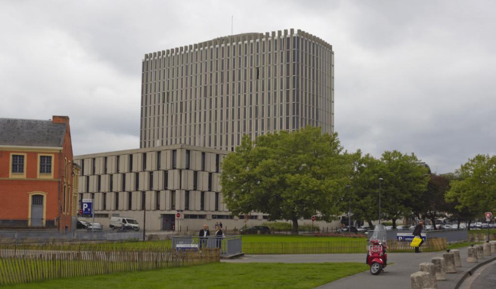 Le Palais de Justice, élu bâtiment le plus laid de Lille par les lillois !