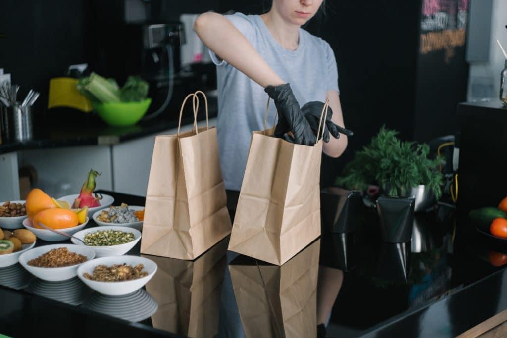 Anti-gaspillage : le doggy bag est désormais obligatoire dans tous les restaurants de France !